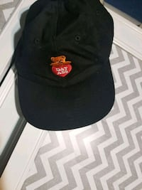 black and red fitted cap San Antonio, 78201
