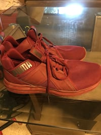 pair of red Vans high-top sneakers Solana Beach, 92075