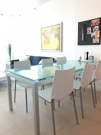 Rectangular modern Italian dinning table with six chairs dining set Miami, 33137