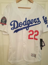 New Medium Dodgers, I'm in Sherman oaks  California, 91423