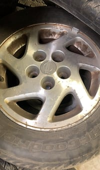 Nissan Maxima rims and tires