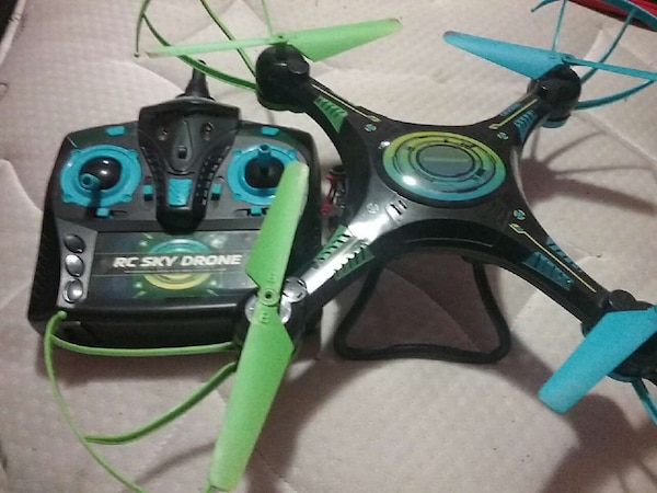 Used Black Blue And Green Rc Sky Drone For Sale In St Louis Letgo
