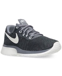 new nike shoes size 5.5 Colton, 92324