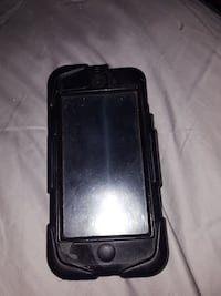 Ipod 5 decent condition  Kelowna, V1X 2R2