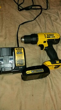 black and yellow DEWALT cordless power drill Avondale, 85323