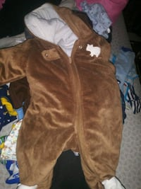 brown and white zip-up hoodie Buffalo, 14208