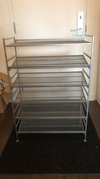 Shoe rack stackable. Fits up to 24 shoes   Toronto, M6K 0A7