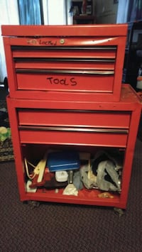 red and gray Craftsman tool chest Belleville, K8N