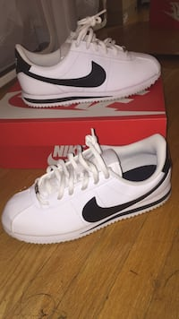CORTEZ BASIC (white / black) Toronto, M6J 2W8