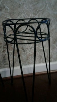 Plant stands Frederick, 21704