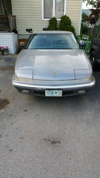 Buick reatta 2dr 2seater