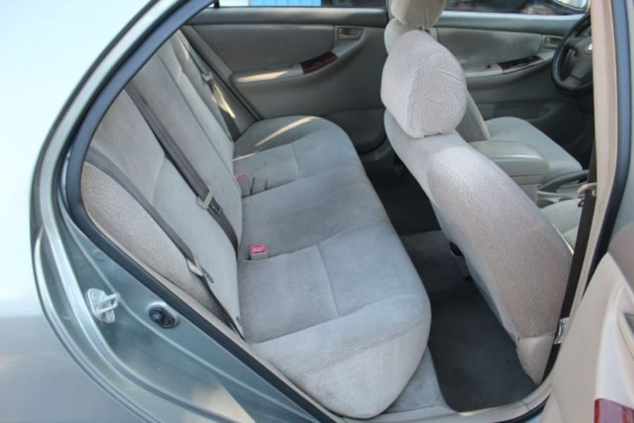 2004 Toyota Corolla for sale 8