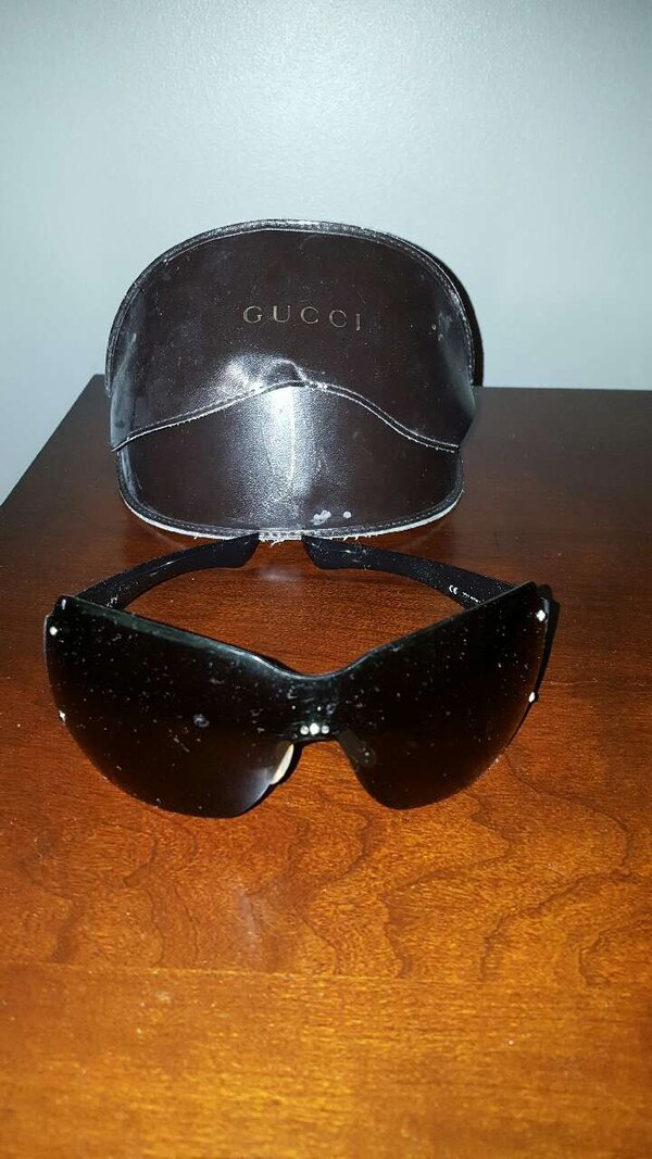 253c6d9594 Used AUTHENTIC GUCCI SUNGLASSES WITH CASE for sale in Clarence Center -  letgo