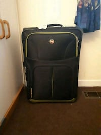 Great suit case  Collingwood, L9Y 2Z7