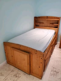 Twin Bed for sale.  Miami, 33175