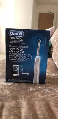 Oral-B Pro 6000 SmartSeries Electronic Power Rechargeable Battery Electric Toothbrush with Bluetooth Toronto, M2R 3K1