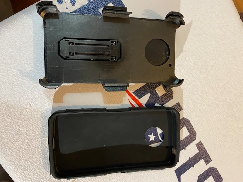 I Phone 7 Plus Case w/ hip clip and game stand 783bba5e-829a-4694-bfb5-3d7b52fc6e15
