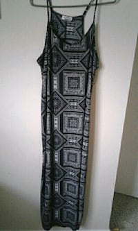 Maxi dress size large Edmonton, T6K 2P9