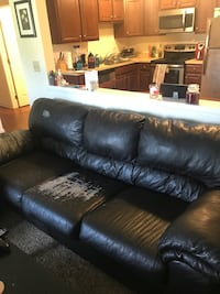 Leather couch NEED GONE Hamburg, 14075