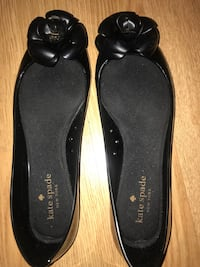Pair of black leather flats Ottawa, K1V