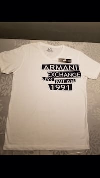 White and black armani exchange crew-neck t-shirt screenshot Ancaster, L9K 1P9