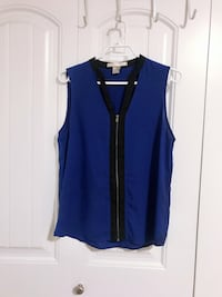 Sleeveless Top - Size small Surrey, V3W 5J9