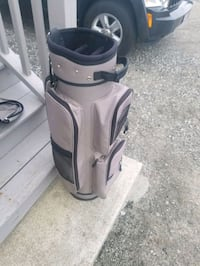 Golf bag  great shape I used it once I kept it as a spare
