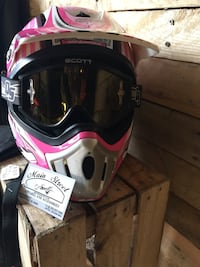 Pink and white  full-face helmet Summerville, 29486