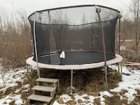 15' trampoline with net and lightning  Stephenson, 22656