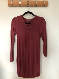 Burgundy dress 555 km