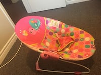 Pink bounce baby chair  Kitchener, N2E 1E8