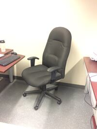Office chair deluxe high back Rosemère, J7A