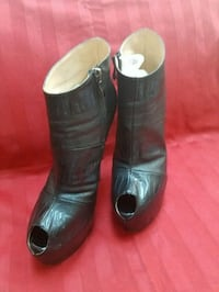 Black and red leather booties Waldorf