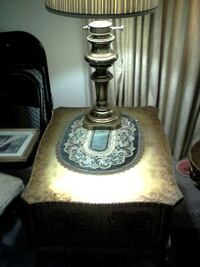End table with lamp Troy, 48085