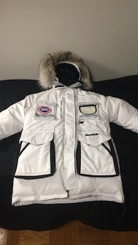 Canada goose white snow mantra (discontinued) Rockville, 20852