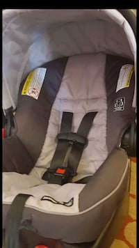 black and gray car seat carrier Glendale, 85303