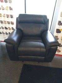 recliner rocker brand new Virginia Beach, 23452