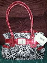 red and white floral leather tote bag Carthage, 28327