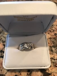 silver-colored ring with box Edmonton, T5Y 0W9
