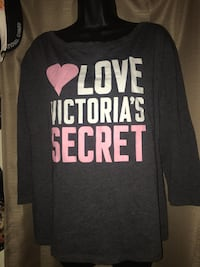 New womans size L VS Victoria Secrets long sleeve top. Located off lake mead and jones area asking $3 Las Vegas, 89108