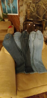 Boys size 10 Old navy jeans (5 pairs) 2264 mi