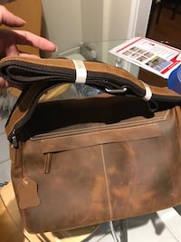 New Brown and black leather handbag 米西索加, L5V 1X6
