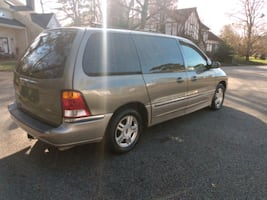 2002 Ford Windstar Van Base