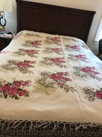Very beautiful Beige and red bed sheet