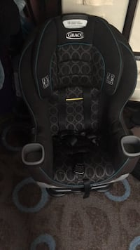 baby's black and gray car seat Fort Washington, 20744