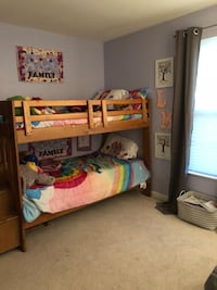 Solid Wood Bunkbed with Storage Drawers Ashburn, 20147