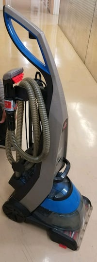 black and gray Bissell upright vacuum cleaner Miami, 33173