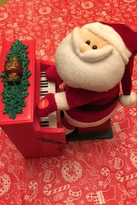 Santa Claus Animated Light-up Musical Plush playing piano  Toronto, M1S 3Z1