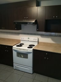 APT For rent 2BR 1BA Surrey