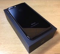 black iPhone 7 on box